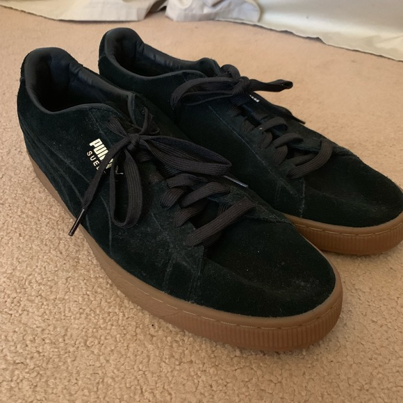 low priced 933ab bd81d 🥳 HP 7/15 🥳 Puma Suede Classic